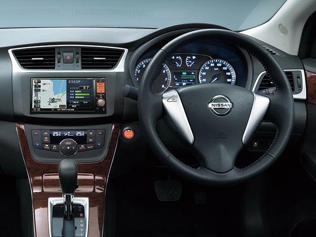 日産 シルフィ 1.8 S CVT (定員:5人)現行型 | グレード詳細 | e燃費からの中古車検索 | e燃費中古車