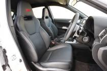 スバル インプレッサWRX STI A-Line フロントシート|ニューモデル試乗