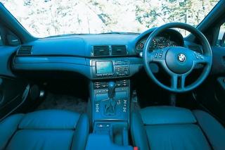 BMW  325i Mスポーツ インパネ|プレイバック試乗
