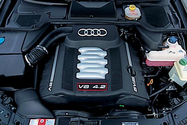 アウディ アウディ s8 新型 試乗 : carsensor.net