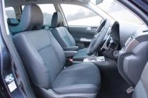 スバル エクシーガ 2.5i-S フロントシート|ニューモデル試乗