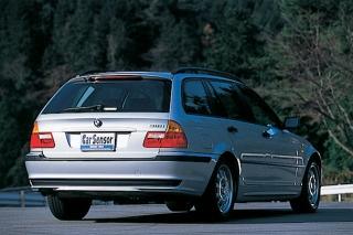 BMW 316ツーリング リアスタイル|ニューモデル試乗