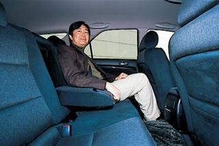 トヨタ マークII ブリッド リアシート|ニューモデル試乗