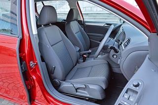 VW GOLF TSI Trendline フロントシート|ニューモデル試乗