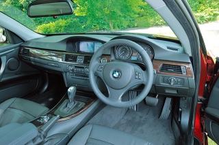 BMW 325i Coupe インパネ|ニューモデル試乗