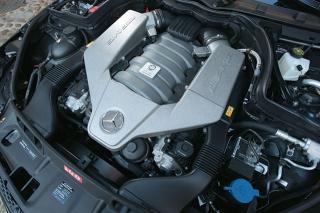 メルセデス・ベンツ C63 AMG クーペ エンジン|ニューモデル試乗