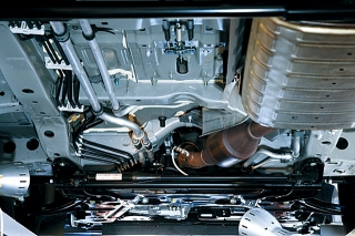 オーテックジャパン エルグランドライダーHPS(プロトタイプ)/セレナライダーPS ヤマハが開発のパフォーマンスダンバー|ニューモデル試乗