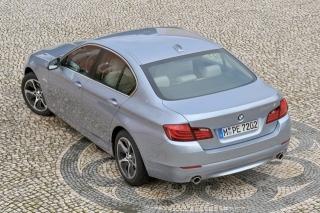 BMWアクティブハイブリッド5 リアスタイル|ニューモデル試乗