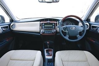 トヨタ カローラアクシオ/フィールダー(1.5L車) インパネ|ニューモデル試乗