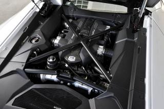 ランボルギーニ アヴェンタドール LP700-4 エンジン|ニューモデル試乗