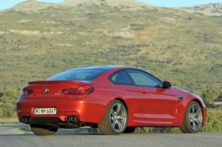 BMW M6クーペ リアスタイル ニューモデル試乗