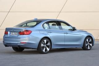 BMW アクティブ ハイブリッド3 リアスタイル ニューモデル試乗