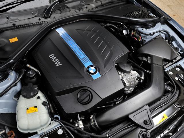 アクティブハイブリッド3は最長3~4kmをモーターのみで走行可能。ECO PROモードではコースティングも行う