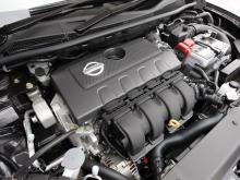 従来のブルーバードシルフィでは1.5Lと2Lのエンジンを搭載していたが、新型は1.8Lのみとなる
