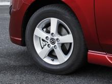 タイヤは15インチを中心に、16インチ(20S)、17インチ(20S-SKYACTIV Lパッケージ)の3タイプ