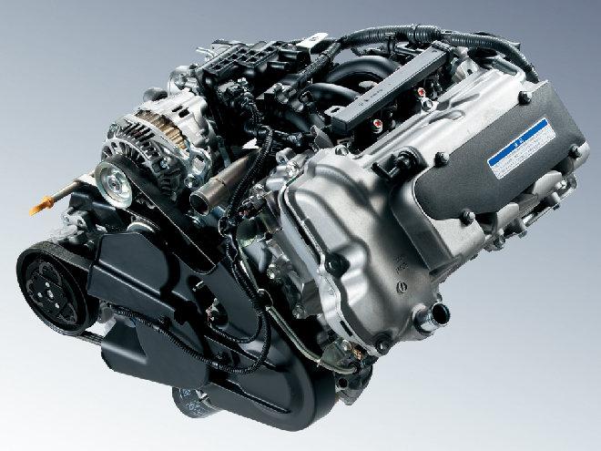 可変バルブタイミング機構VVTを備える新世代ユニット「R06A」型、660ccNAエンジン。JC08モードは2WDの5MT仕様で18.6km/Lを実現した