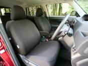 トヨタ カローラルミオン フロントシート|ニューモデル試乗