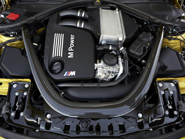 ▲Mモデルらしく、ターボ付きながら最高回転数7600rpmという高回転エンジン。0→100km/h加速は4.1秒