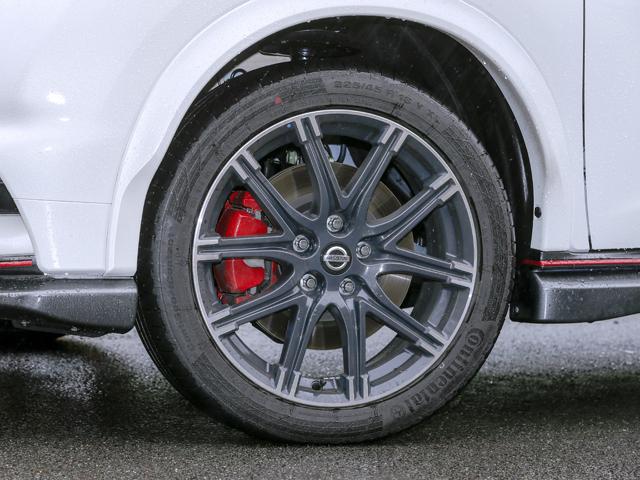 ▲制動フィーリングを高めた専用ブレーキはブレーキローター径が拡大され、リアにはベンチレーテッドディスクが採用されている。キャリパー性能やブレーキパッドの耐フェード性も向上している