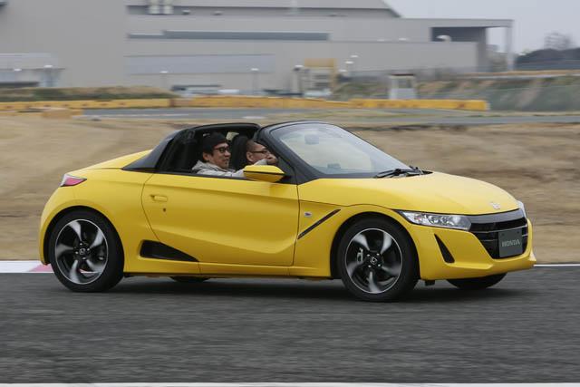 ▲シャシー性能が高められたことで、ドライビングの喜びが引き出されている