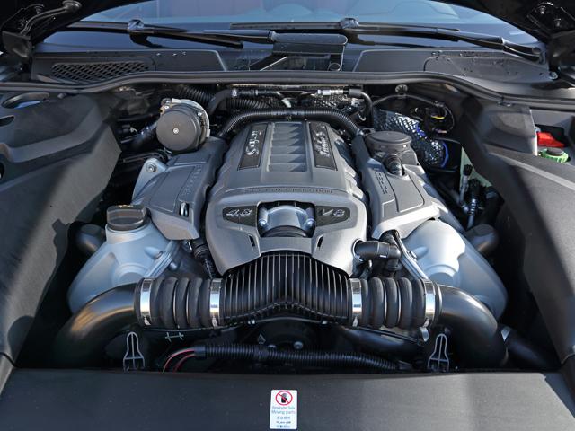 エグゾーストマニホールドにターボチャージャーを直接統合、ダイレクトなレスポンスと燃費向上に貢献する