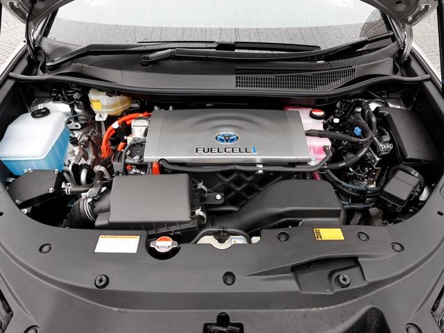 ▲注目の燃料電池技術「トヨタフューエルセルシステム(TFCS)」。1回の水素充填で航続可能距離は650kmほど