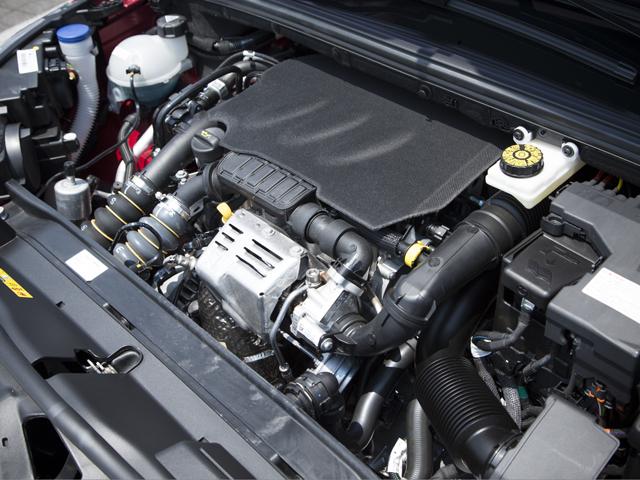 ▲約30kgの車体軽量化などと相まって、従来(1.6Lターボ)より燃費を約20%向上させた