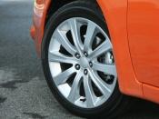 スバル インプレッサ ビームスエディション タイヤ|ニューモデル試乗