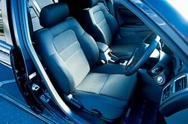 トヨタ カルディナの前席シート|ニューモデル試乗