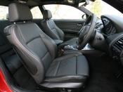 BMW 1シリーズ クーペ フロントシート|ニューモデル試乗