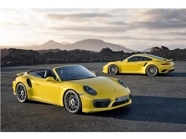 ▲911 Turbo S und 911 Turbo S Cabriolet