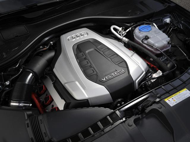 ▲エンジンは1.8L直4ターボ、2L直4ターボ、3L V6スーパーチャージャーを用意。高性能モデルには4L V8ターボを搭載