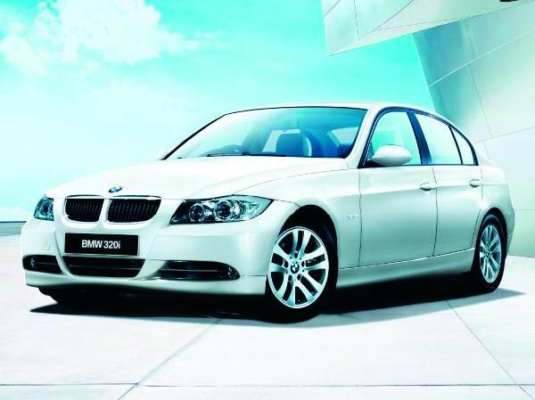 BMW 320i セダン|ニューモデル速報