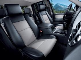 フォード エクスプローラースポーツトラック V8 リミテッド インテリア|ニューモデル速報