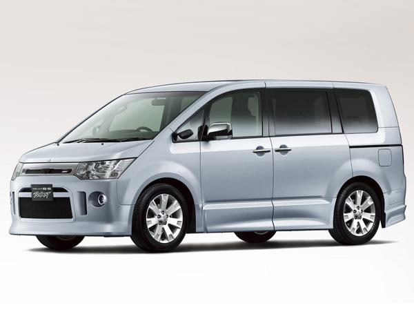 三菱 デリカD:5 ROADEST G-Premium|ニューモデル速報