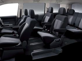 三菱 デリカD:5 ROADEST G-Premium インテリア|ニューモデル速報