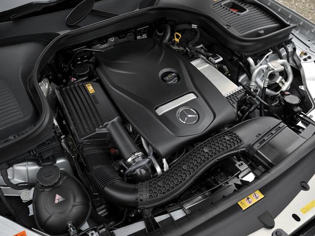 ▲リーンバーン(成層希薄燃焼)とターボ、排ガス再循環装置を組み合わせ燃費を向上。JC08モード燃費を13.4km/Lとした
