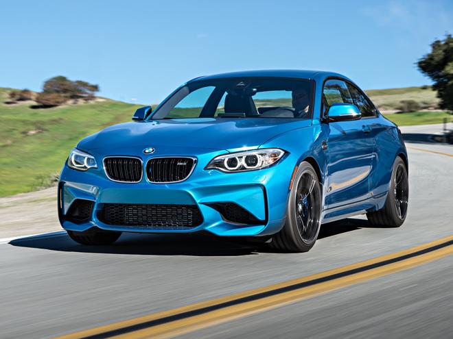 BMW M2クーペは手ごろな楽しさを思い出す昔のM3後継といえる1台だ