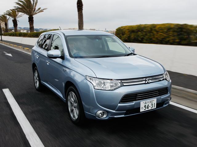 ▲三菱自動車によるEV/4WD/SUV技術の集大成「アウトランダーPHEV」
