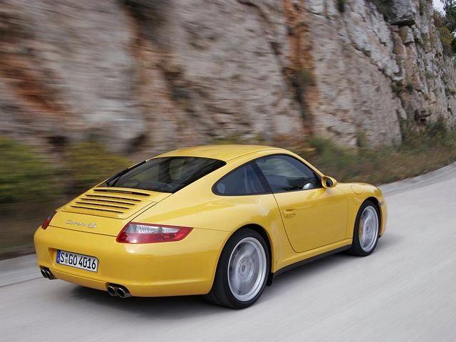 ▲カレラSと同じ最高出力355psの3.8Lエンジンを搭載する4WDモデル、カレラ4S