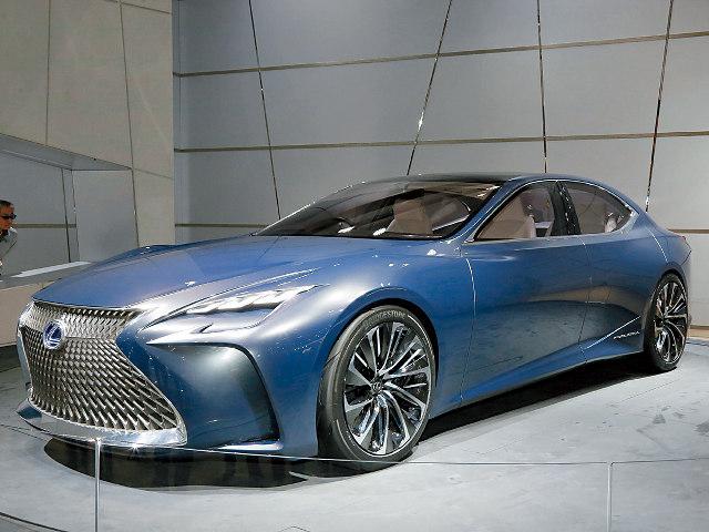 ▲2015年の東京モーターショーで発表された燃料電池搭載のコンセプトカー、LF-FC。次期LSのスタディモデルのひとつか