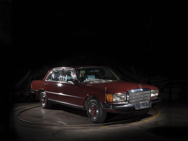 ▲SUPERを意味する「S」を車名につけたシリーズとしては4作目にあたるのが1972年から生産されたタイプ116シリーズである。4960mmの標準ボディの他に、5060mmのロングボディも用意された。エンジンは6気筒の2.8L、3.5LのV8、225psの4.5Lなどをラインナップ。有名な300SEL 6.3の後継となる6.9Lエンジンの450SEL6.9など、1980年までの間に多数の名モデルを生み出している