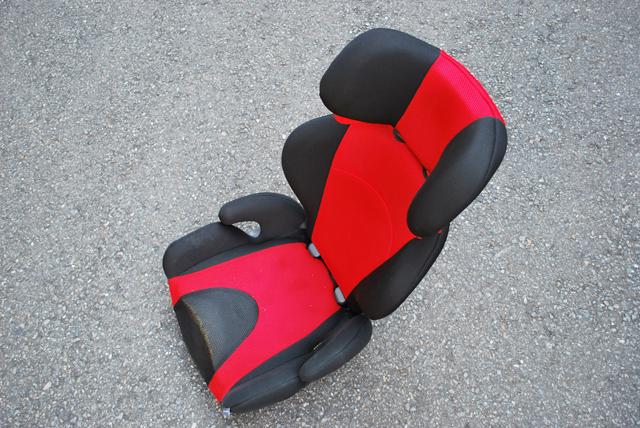 ▲乗り替え予定で、すでに乗っている車があるなら、チャイルドシートなど普段使っているものをそのまま積んで来店がオススメ