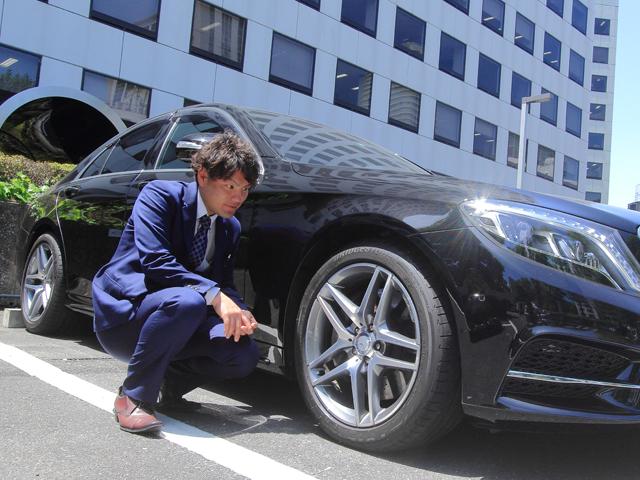▲今回、我々の疑問&質問に答えてくださったのは、東京ユーポス 河上さん。今まで数えきれないほどの車を査定してきた敏腕スタッフです