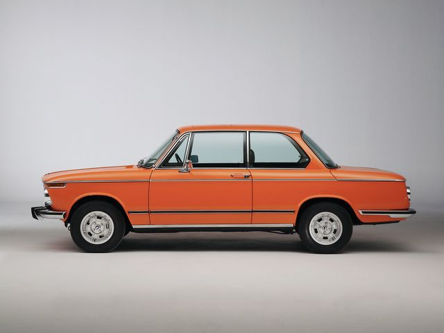 ▲現代の車では味わうことのできないシンプルなデザインと乗り味が魅力となる、主に80年代以前の輸入旧車。もちろん維持するにはある程度の手間ヒマはかかりますが、そこが逆に面白いんです!