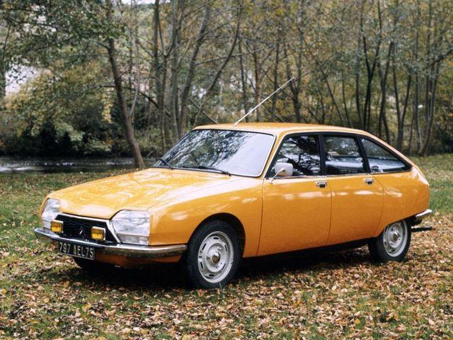 ▲こちらはシトロエン GS。フランスのシトロエンが70年から86年まで製造販売した小型FF乗用車で、エンジンは空冷の水平対向。ラテン系旧車に強い専門店で整備済みの物件を探すことができる