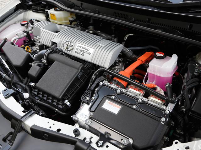 ▲ヨーロッパで実績のあるハイブリッドエンジン。高速道路での運転も考慮に入れた設計