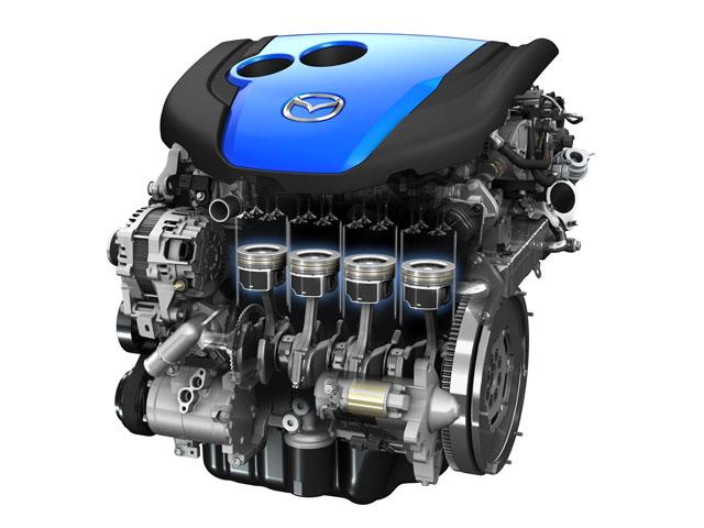 ▲2.2Lのディーゼルエンジン。力強いトルクが特徴で、ちょっとした坂道ならぐんぐん上っていけます