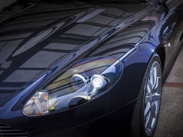 ▲スーパーカーそのものではなく「スーパーカー乗りの人生」を探る当企画。写真は今回お話を聞いた神奈川県の会社社長、Aさんのアストンマーティン DB9