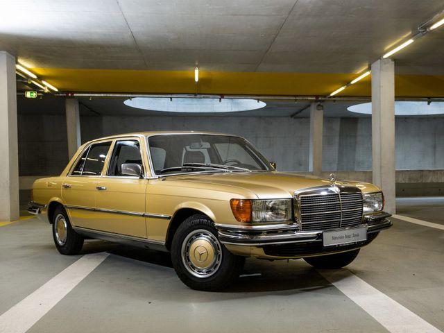▲こちらはW108の後継として72~80年まで販売されたW116。この世代から「Sクラス」という呼称が誕生した。中古車相場は200万~400万円といったところだが、450SEL 6.9はかなり高額だ